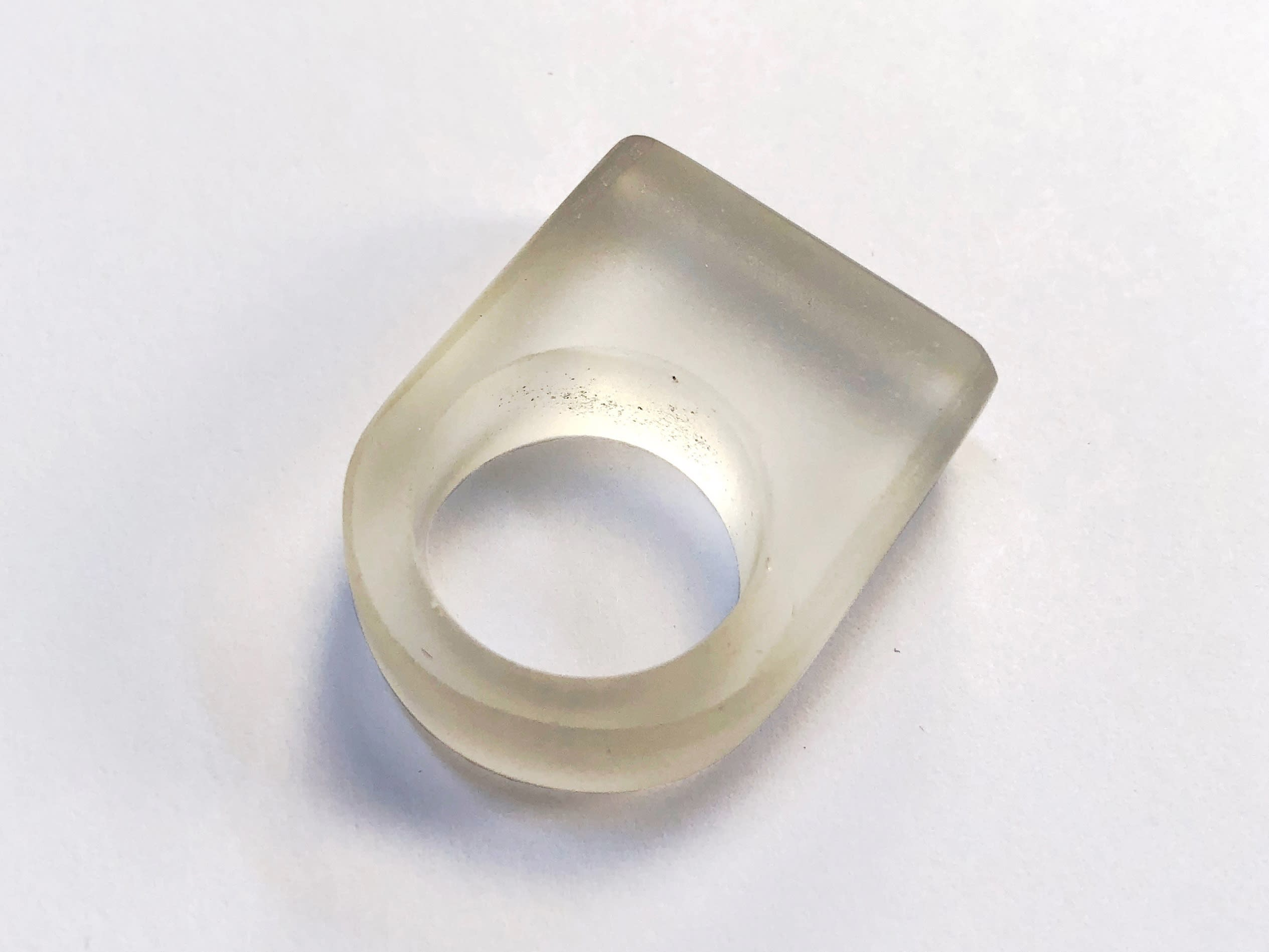 Marta Edöcs - Clear Minimal Ring