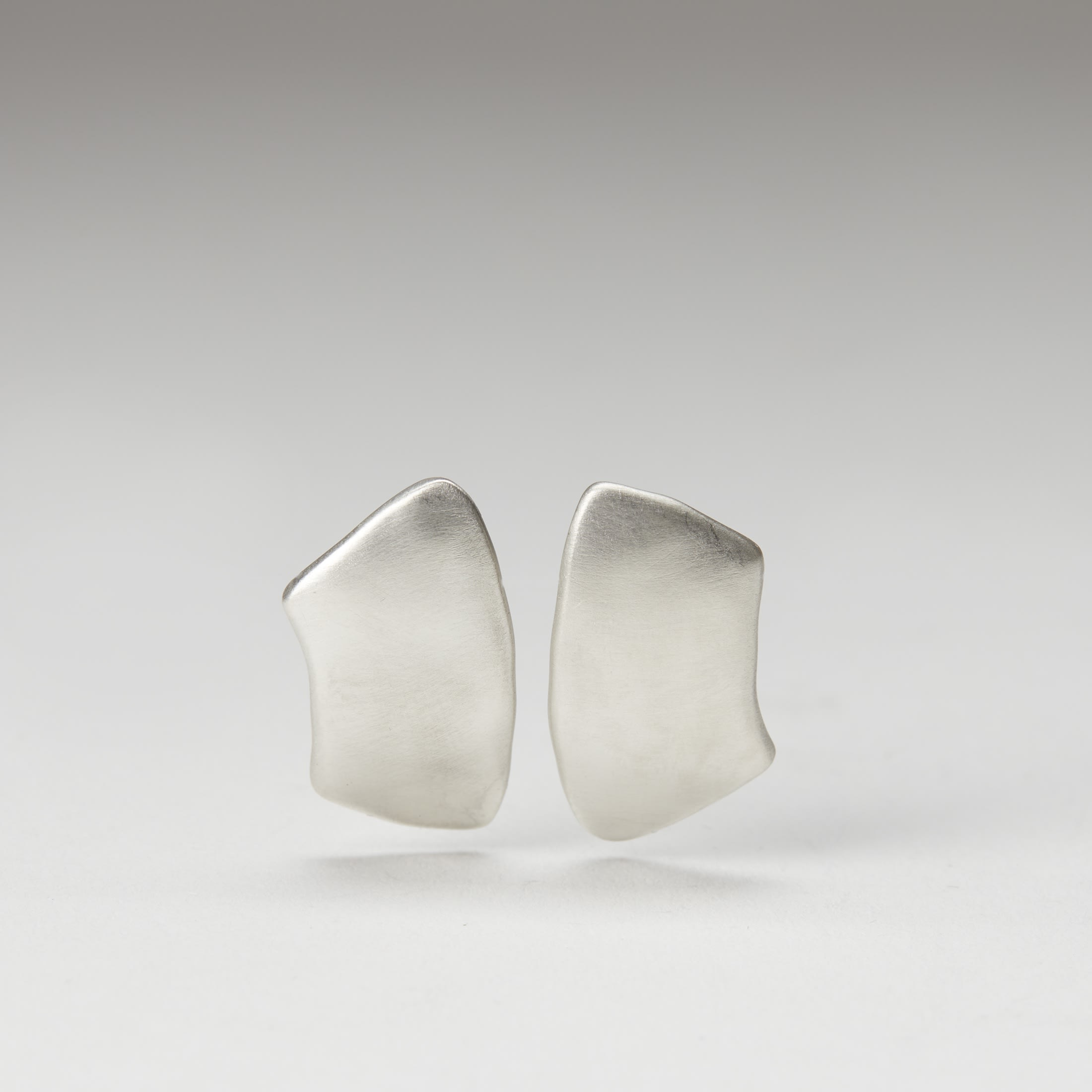 Kate Ruck earrings - Form & Concept Gallery
