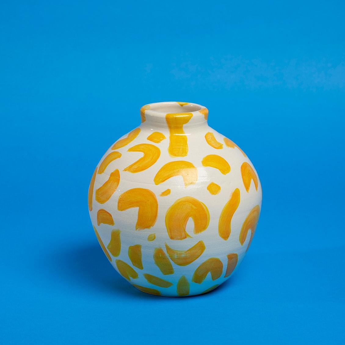 Anna Valdez, yellow on white pattern vase