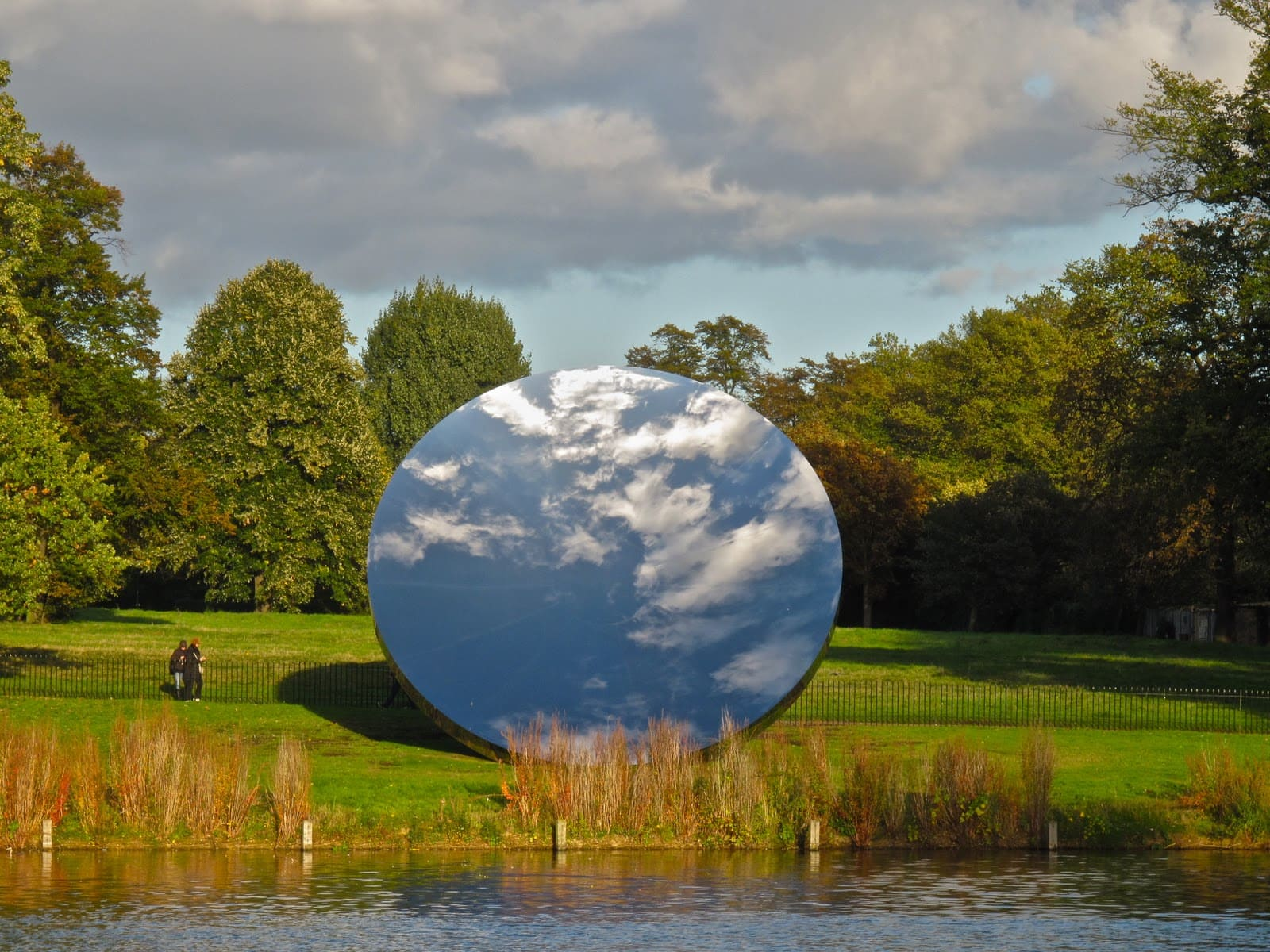 Anish Kapoor's 'Sky Mirror', Kensington Gardens 2006