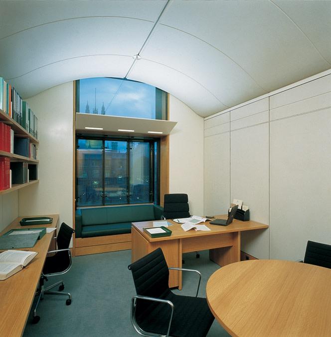 Portcullis House Hopkins Architects