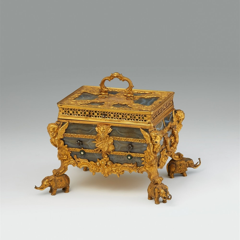 Attributed to James Cox, A sumptuous English glass faux/imitating agate coffer, ca. 1760