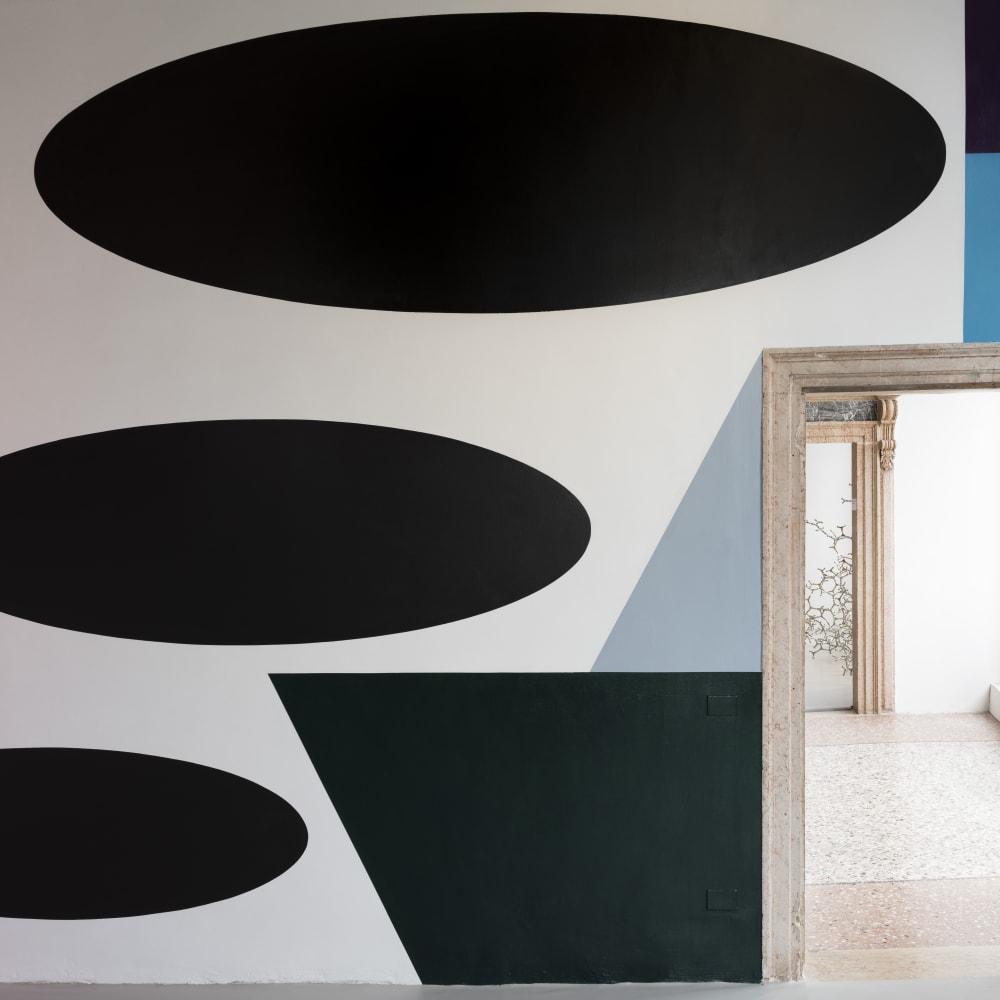 Installation view: Paul Huxley, 2015, wall drawing. Courtesy the artist. Photo by Ugo Carmeni