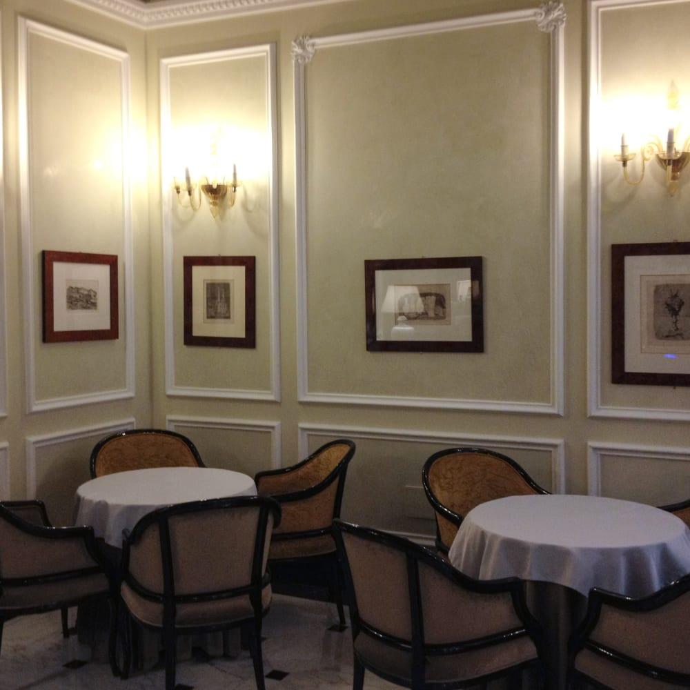 © Galleria d'Arte Maggiore g.a.m. | Giorgio Morandi incontra i Carracci, Grand Hotel Majestic