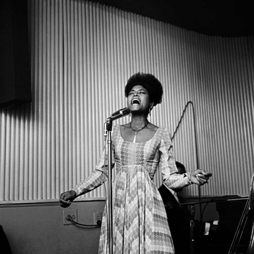 Kwame Brathwaite, Untitled (Abbey Lincoln singing at an AJASS event, Harlem) (1964). Image courtesy of the artist and Philip Martin Gallery, Los Angeles.