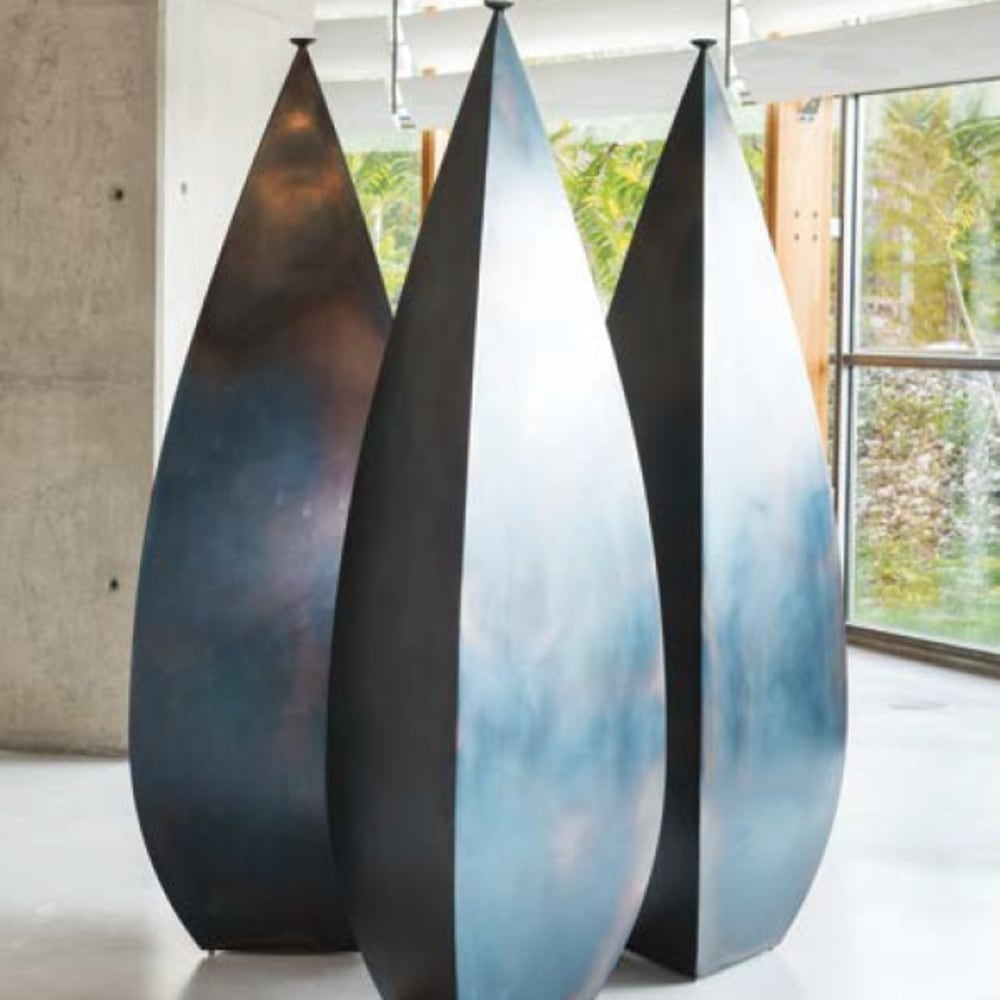 Osman Dinc_Three Amphoras_2009_steel_200 x 68 x 68 cm