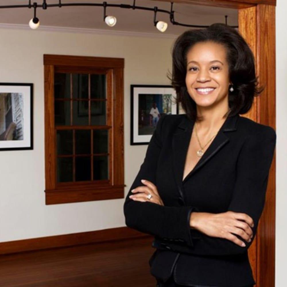ContactArnika Dawkins, Gallery Owner and Director