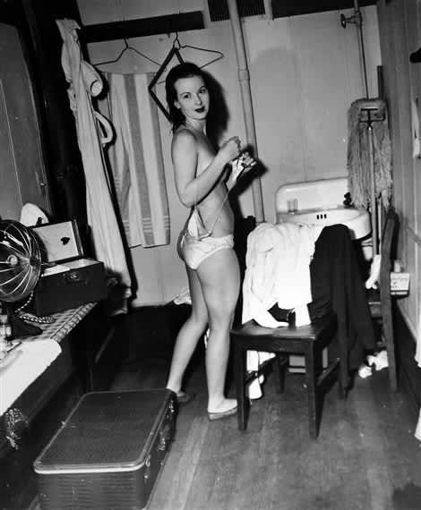 Weegee, Stripper in a Dressing Room, 1948