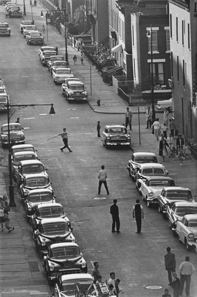 Bruce Davidson, Brooklyn Gang (stickball players), 1959