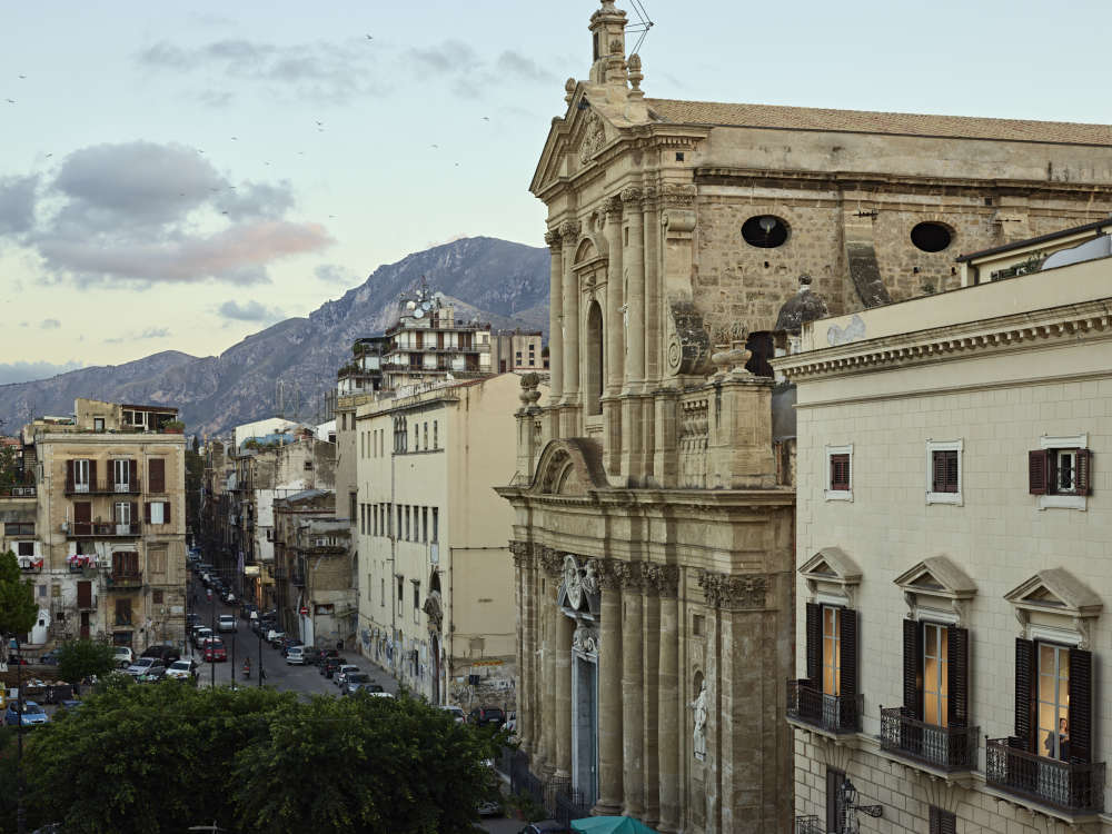 Gail Albert-Halaban, Via Torremuzza, Palermo, Italy