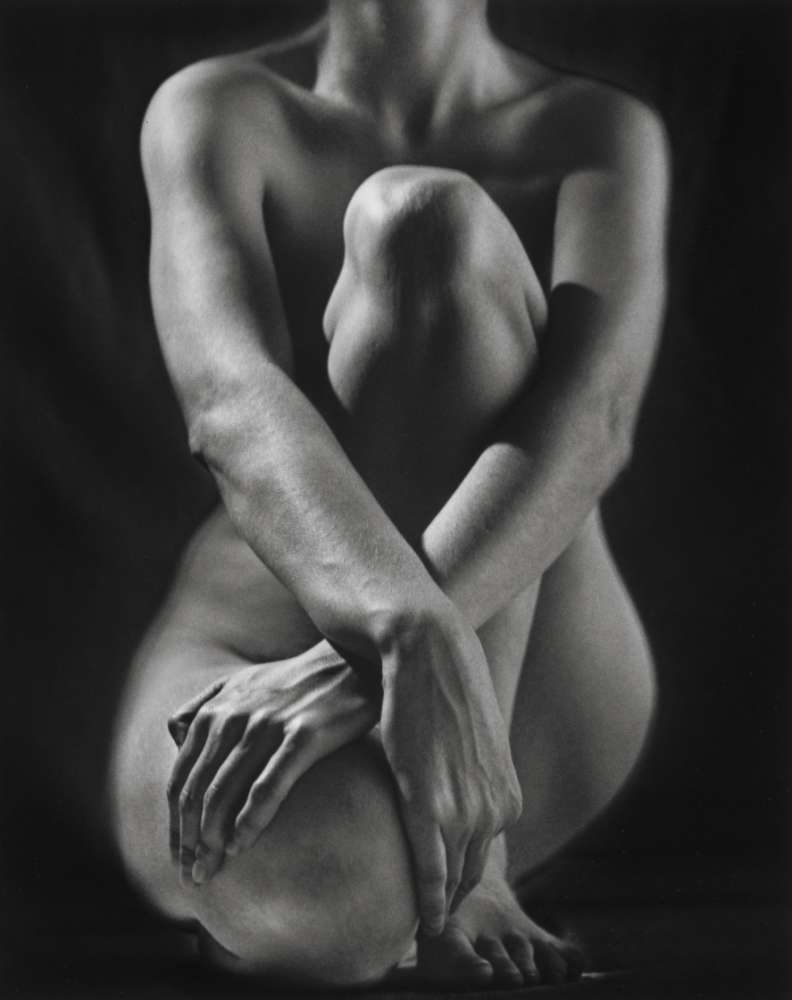 Ruth Bernhard, Classic Torso with Hands, 1952