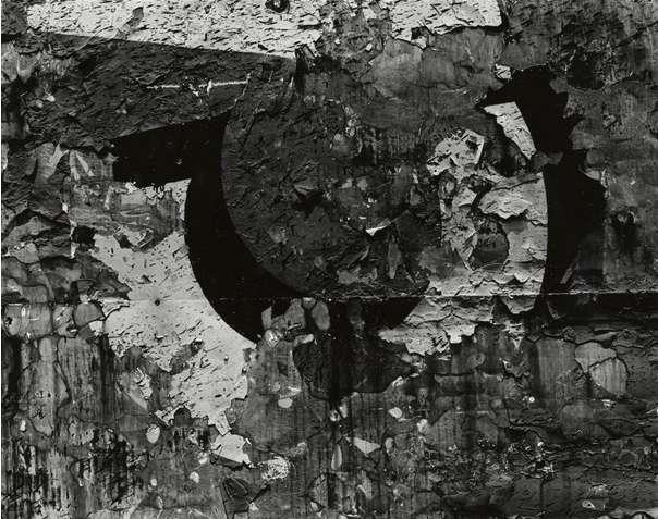 Aaron Siskind, Chicago 25, 1957
