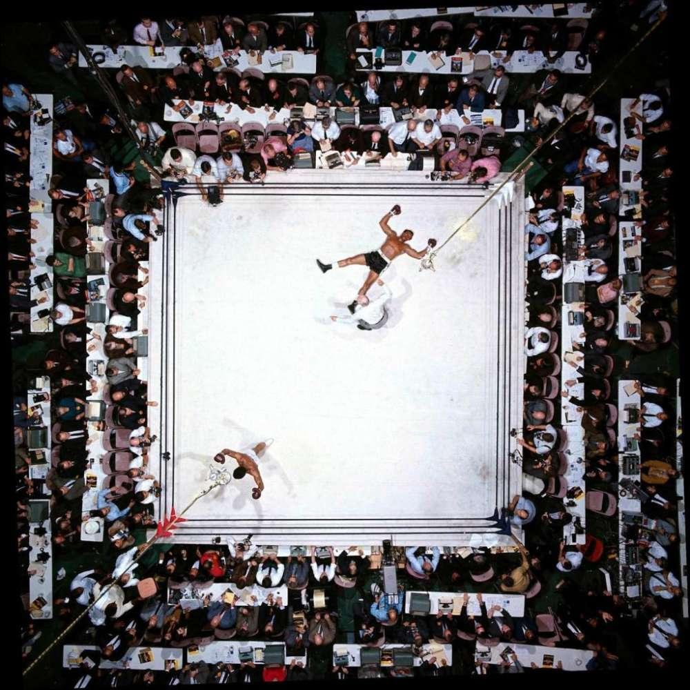 Neil Leifer, Ali-Williams - Muhammad Ali KO's Cleveland Williams, Houston, TX, 1966