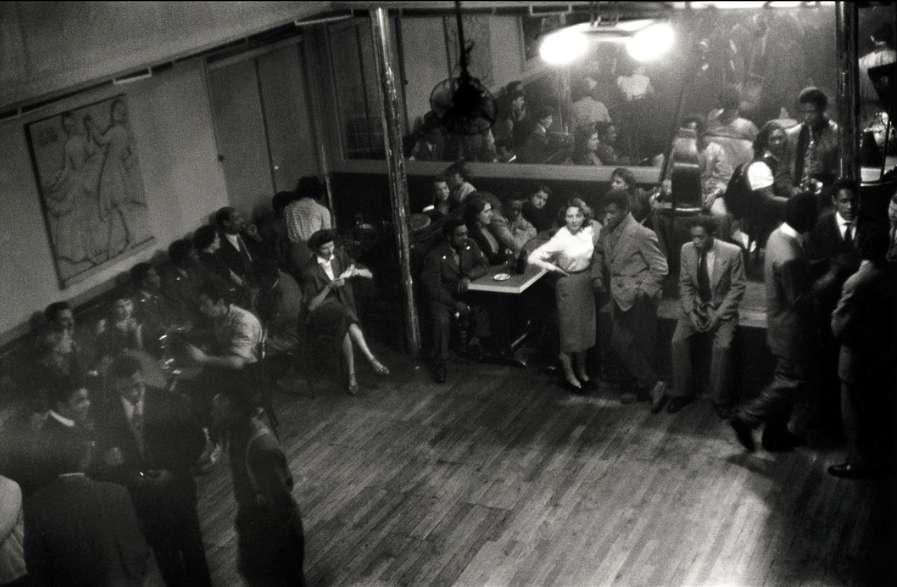 Elliott Erwitt, Bal Négre, Paris, 1952
