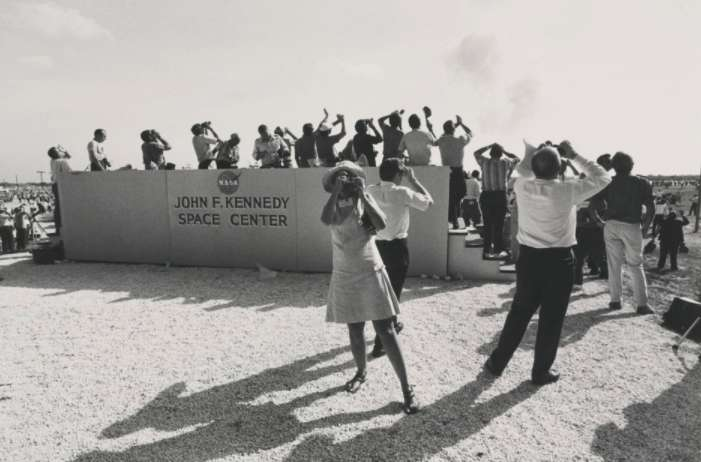Garry Winogrand, Cape Kennedy, Florida (Apollo 11 Moon shot) Garry Winogrand Portfolio, Hyperion Press, 1978, 1969