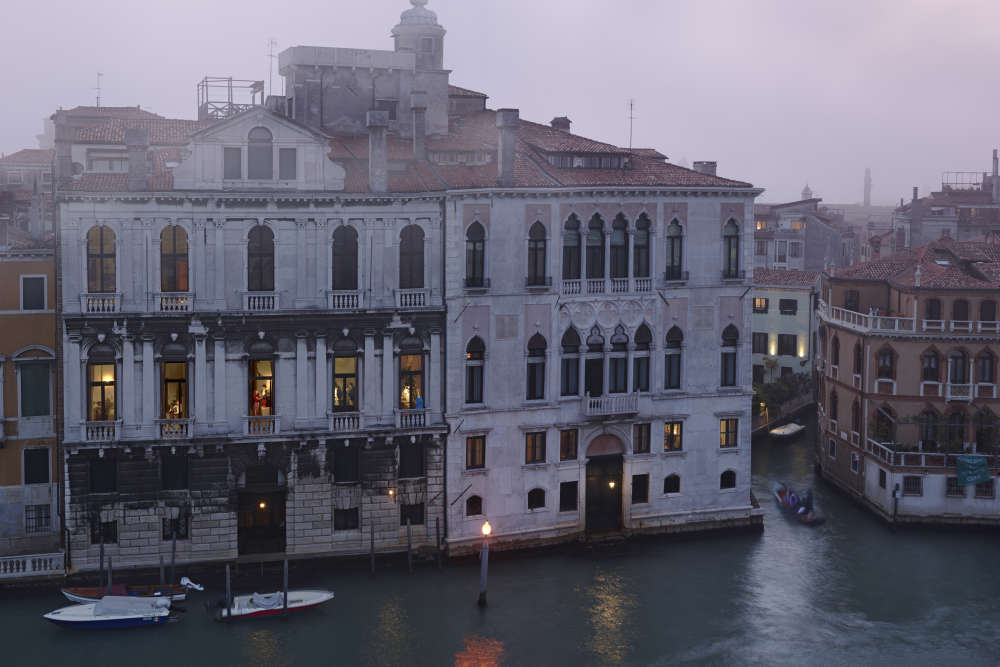 Gail Albert Halaban, Mom, Dad, Three Boys, and a Dog on the Grand Canal, Dorsoduro, Venice, Italy, 2018