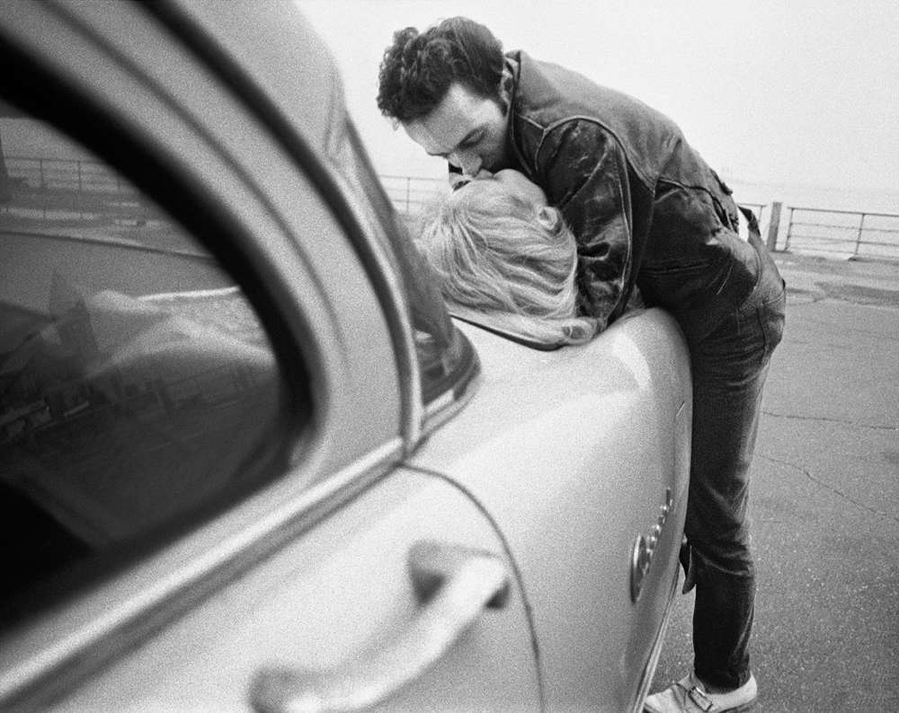 Bob Gruen, Joe Strummer & Gaby - Kiss on Car, NYC, 1981