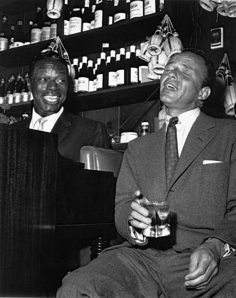 Motion Picture Television Archive, Bernie Abramson: Frank Sinatra with Nat King Cole at the Villa Capri, 1955