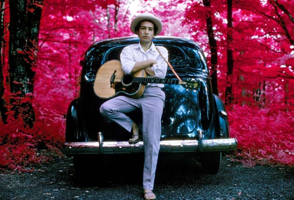 Elliott Landy, Bob Dylan, Outside his Byrdcliffe home, infrared color film, Woodstock, NY, 1968
