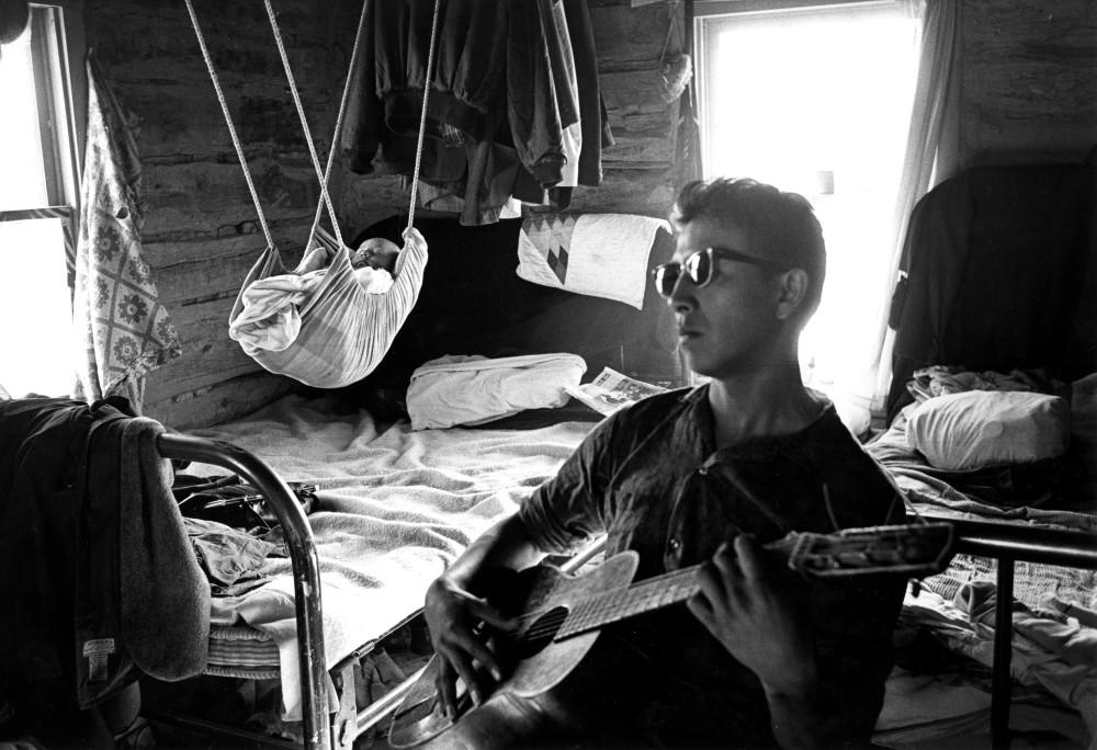Steve Schapiro, Father and Son, Pine Ridge Indian Reservation, South Dakota, 1963