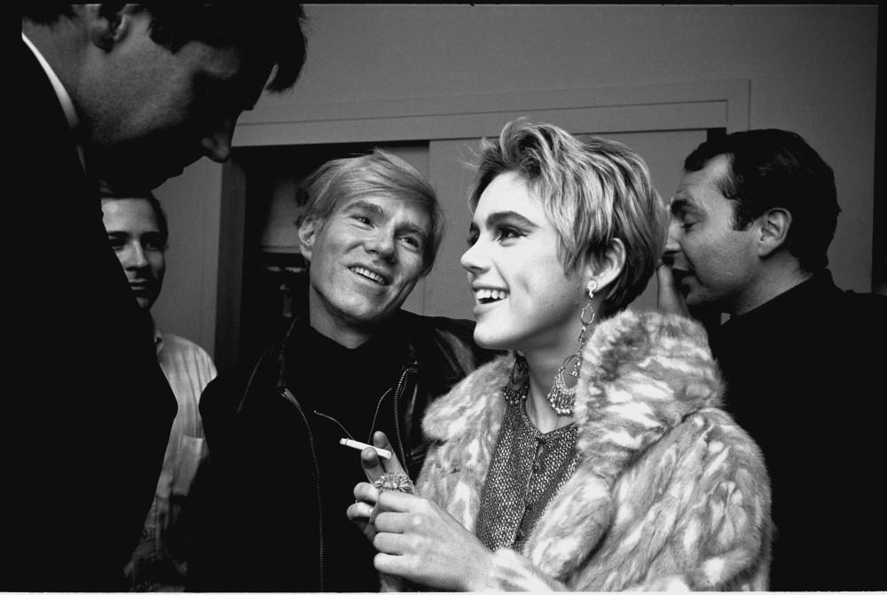 Steve Schapiro, Andy Loves Edie, New York, 1965
