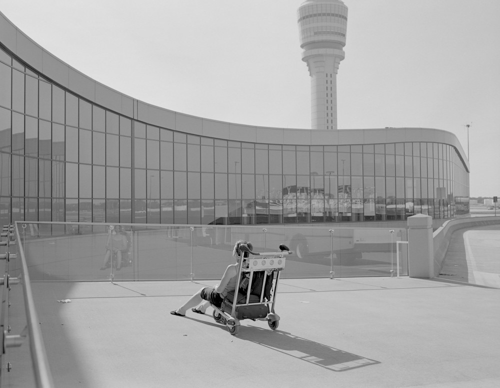 Mark Steinmetz, Atlanta, Airport, April, 2016