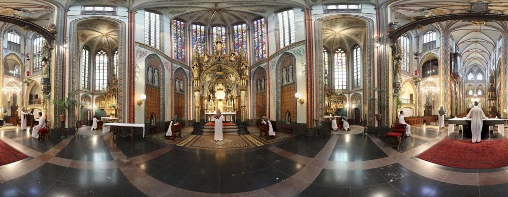 <em>Oudste Kerk. Amsterdam. Netherlands</em>, 2011