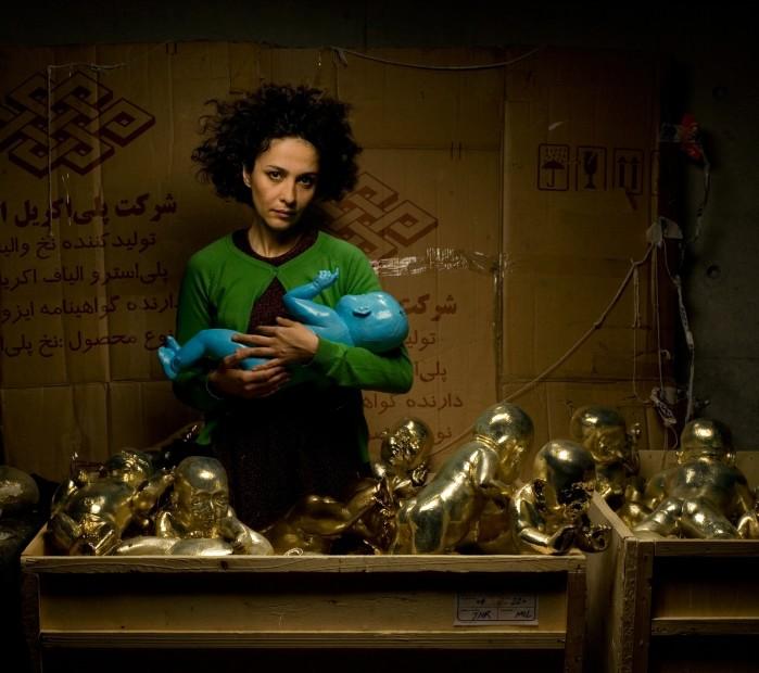 "<span class=""title"">Bita Fayyazi Kismet 50 gold-plated fiberglass plexiglass stainless steel life size babie 51st Venice Biennale Iranian Pavilion 2005</span>"