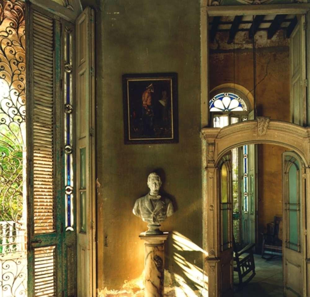 Andrew Moore, Casa Veraniega, Galeria, Havana, 1998 - Artwork 32130