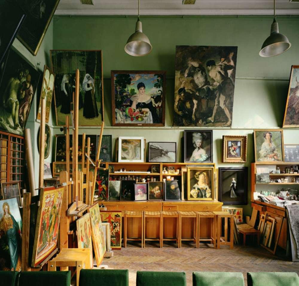 Andrew Moore, Restoration Studio, Academy of Fine Arts, St. Petersburg, Russia, 2002 - Artwork 27096