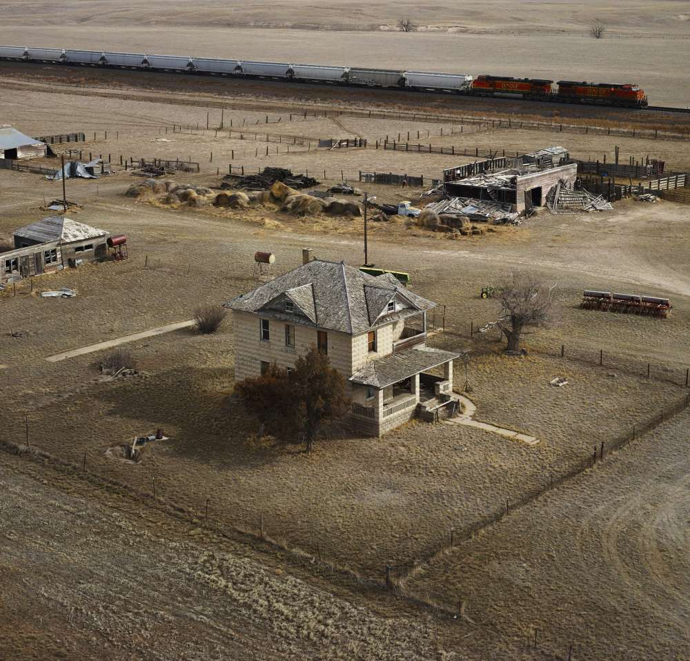 Andrew Moore, Tollman House, Dawes County, Nebraska, 2011 - Artwork 27131