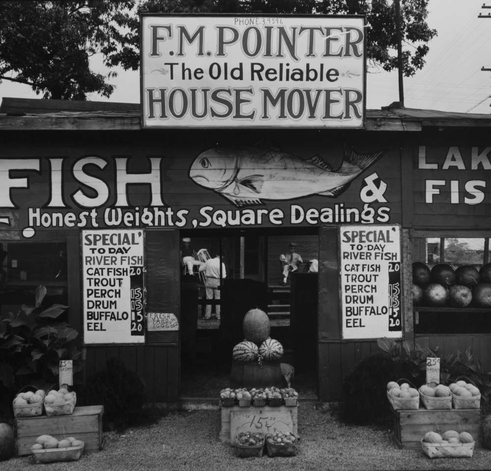 Walker Evans - Fish Market Near Birmingham, Alabama