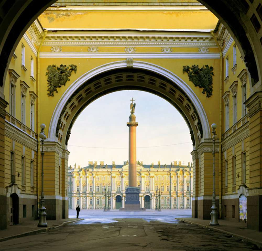 Andrew Moore, Palace Square, St. Peterburg, from the series Russia, 2003 - Artwork 31874