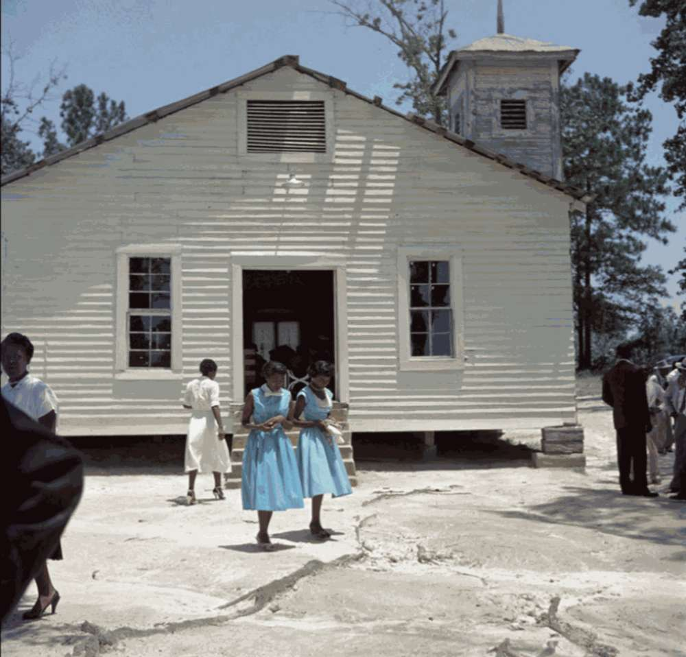 Gordon Parks - Outside Looking In, Mobile, Alabama, (37.008)