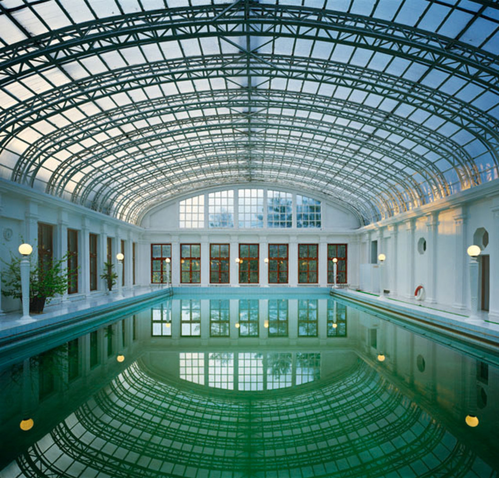 Andrew Moore - Swimming Pool, Ukraina Sanatorium, Yalta