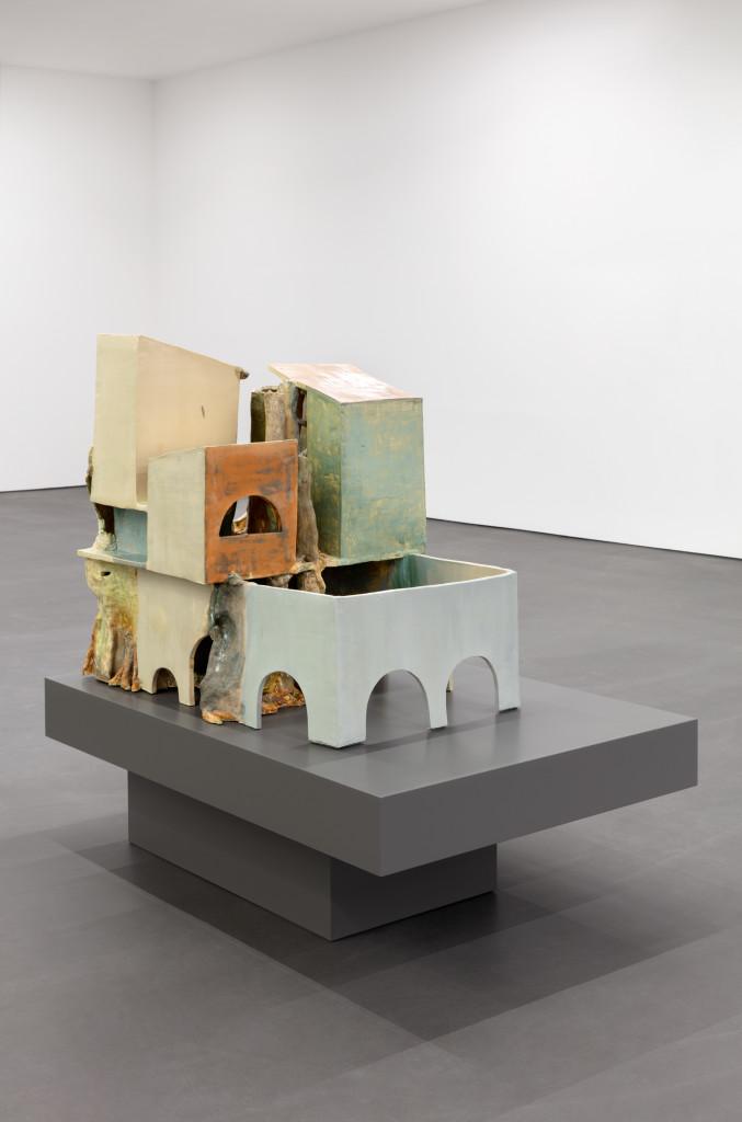 Isa Melsheimer, false ruins and lost innocence 1, 2020