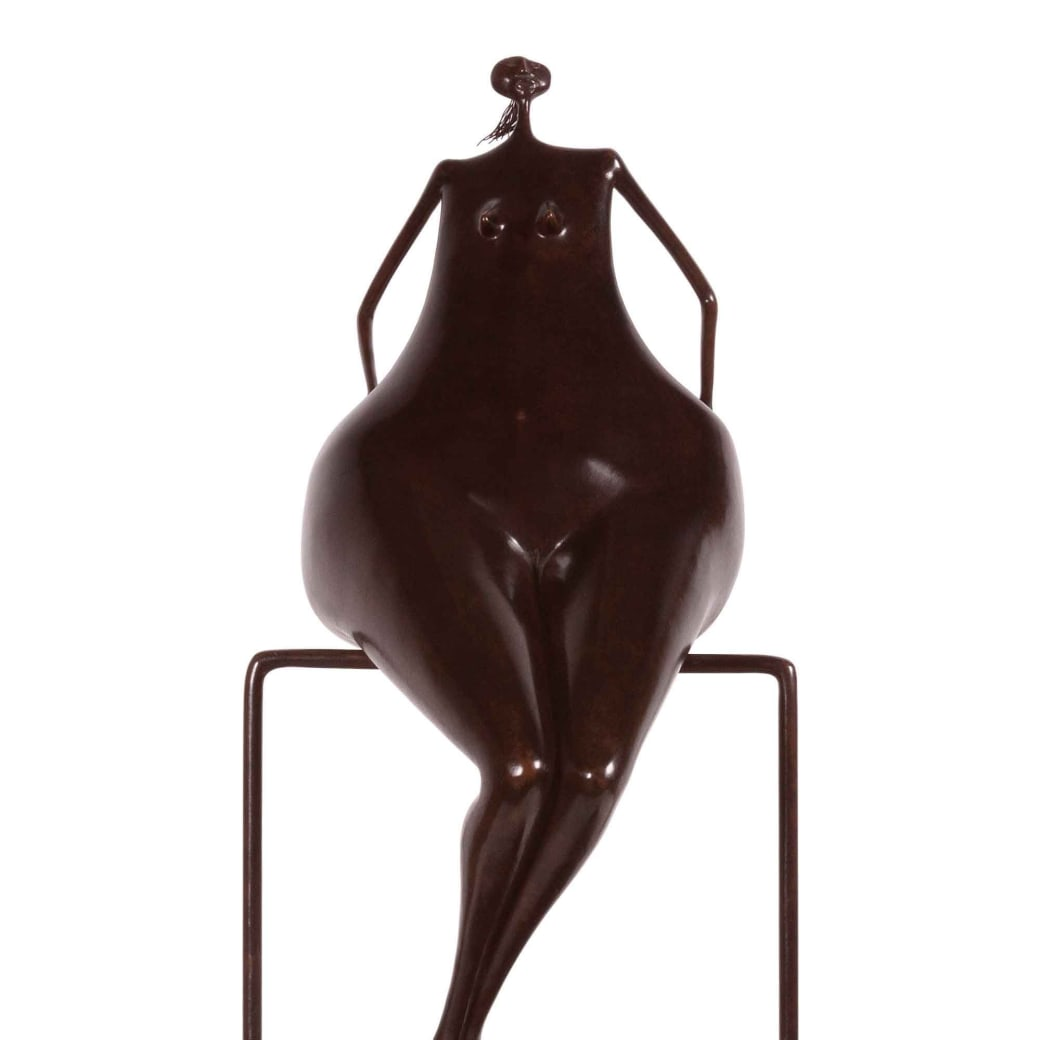 """Sentada en equilibrio"" bronze with brown patina sculpture by artist Abigail Varela"