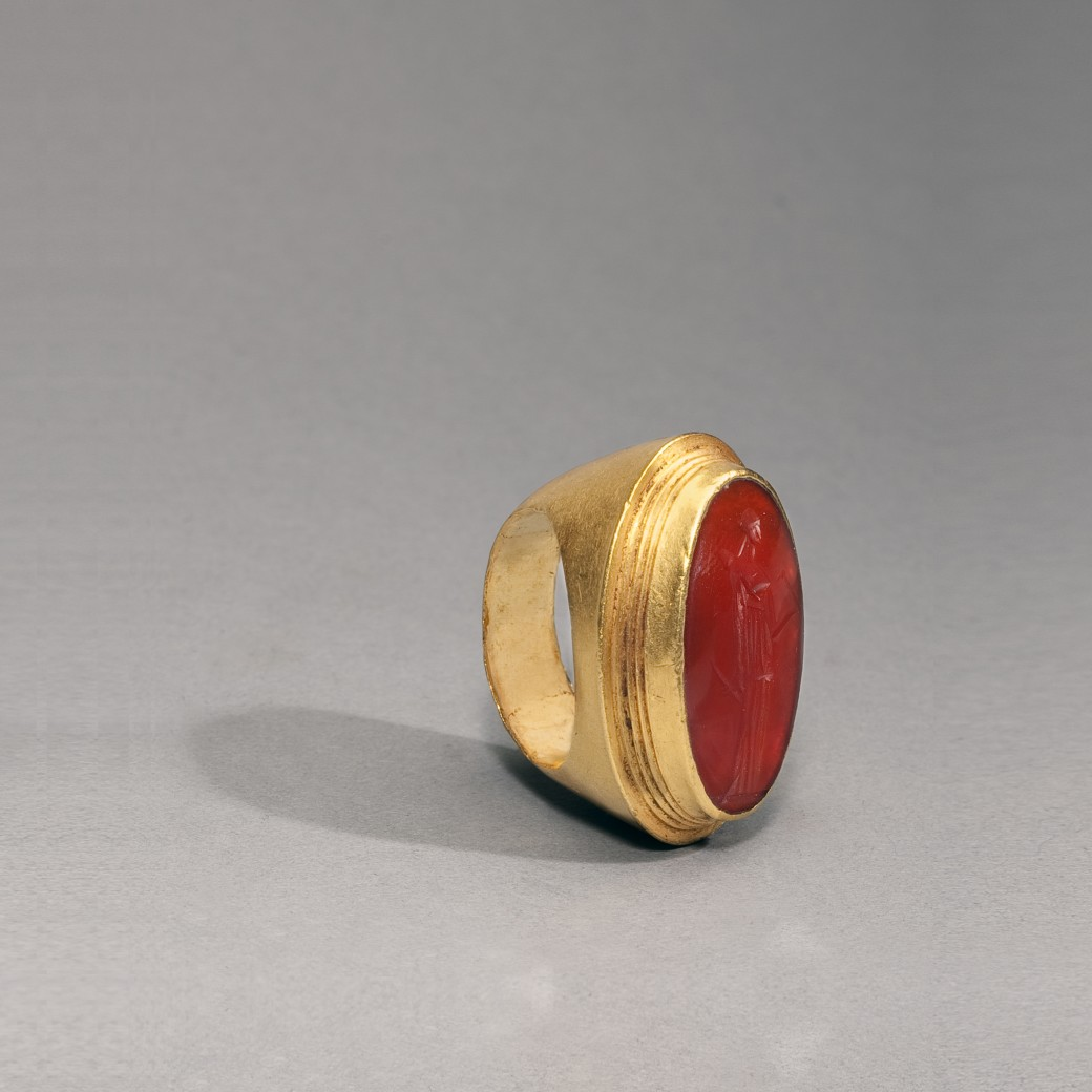 Gold and Carnelian Ring
