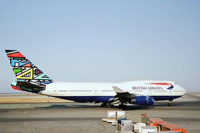 African art on a Boeing 747