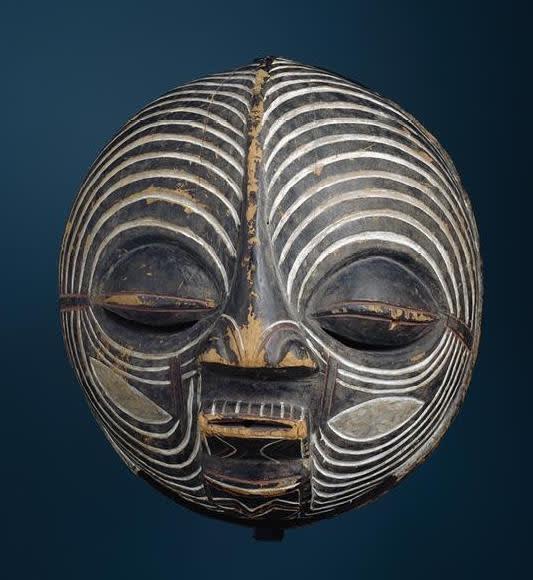 Luba kifwebe mask, D.R. Congo. Image courtesy of the Seattle Art Museum (#81.17.869, info).