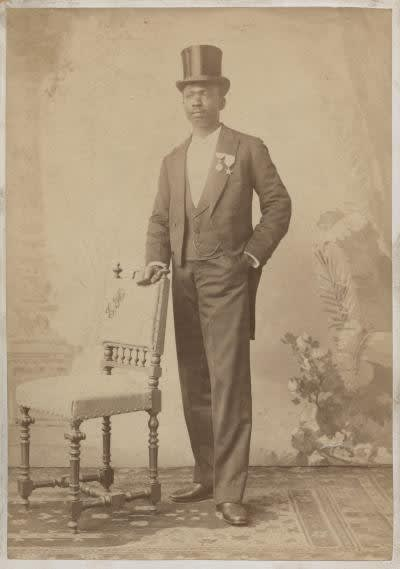 Portrait of Herzekiah-Andrew Shanu, probably dating from his trip to Europe in 1894. Image courtesy of the Royal Museum for Central Africa, Tervuren (HP.1965.14.246).