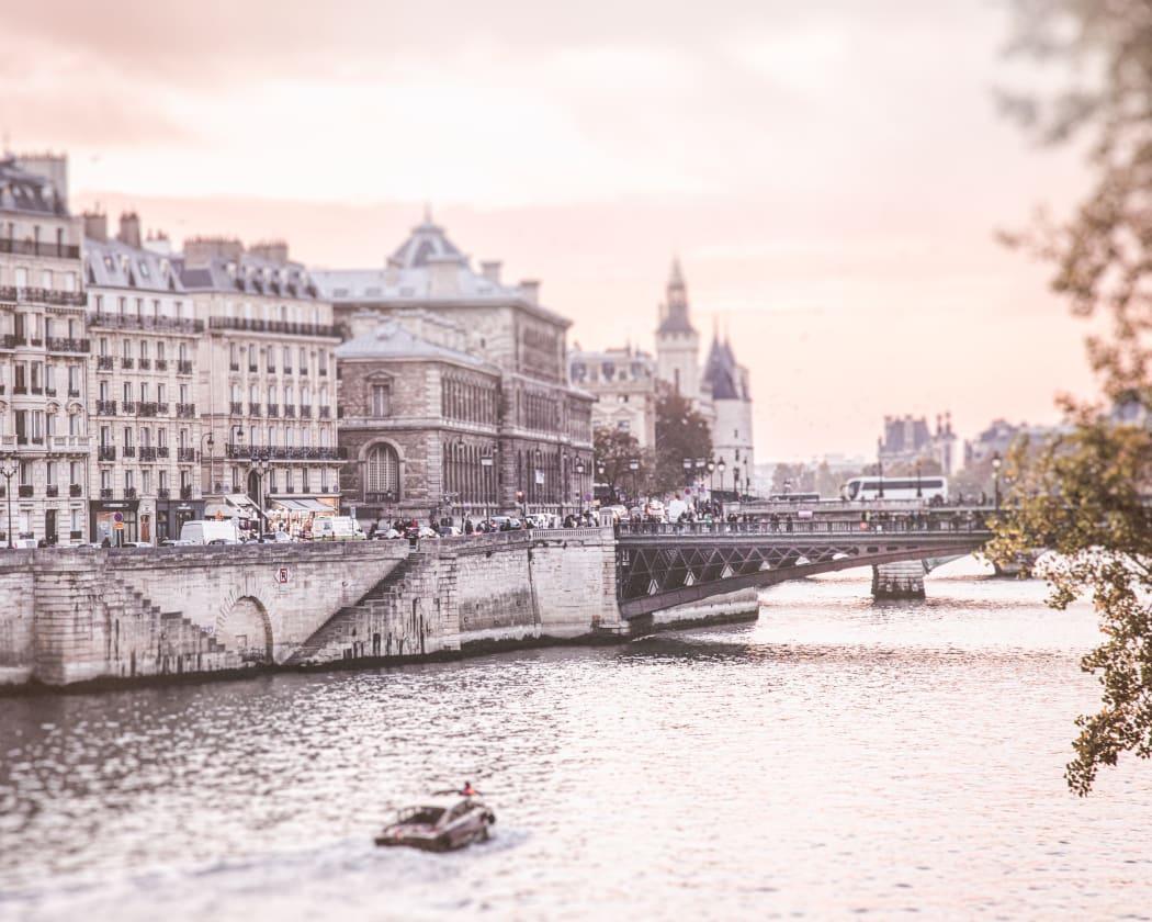 Sunset on The Seine