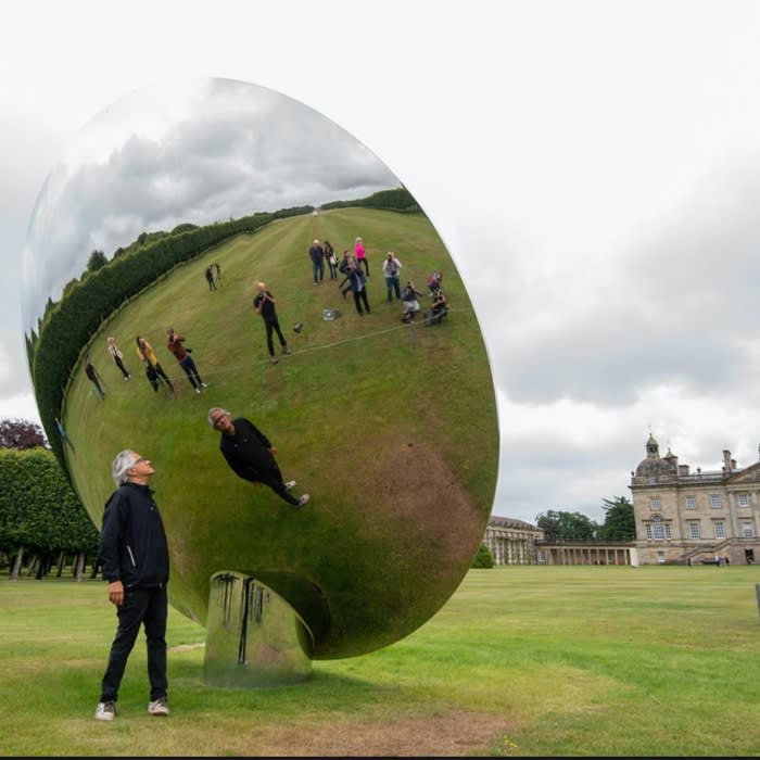 """Art lovers look eastward as """"Anish Kapoor has moved matters on"""""""
