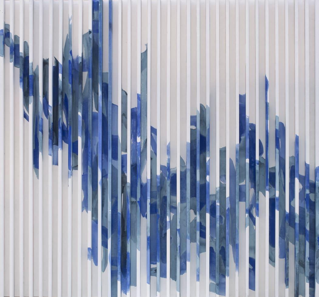 于洋,《水墨物體-瓷韻 No.1》,2015,纸本水墨设色,94 x 88 cm