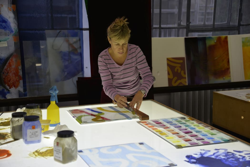 Katharine Harvey working on her forthcoming public art commission in the Franz Mayer of Munich glass studio in Germany, 2017