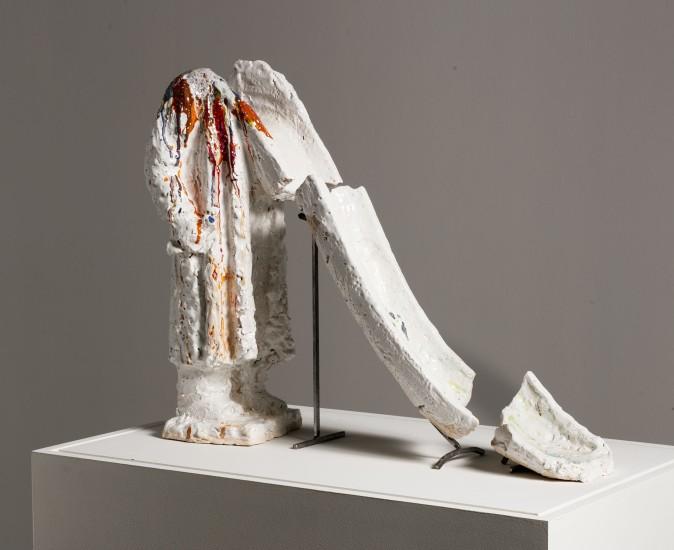 <p><span>Untitled, 2017,&nbsp;</span><span>&#1089;eramics, glaze</span></p>