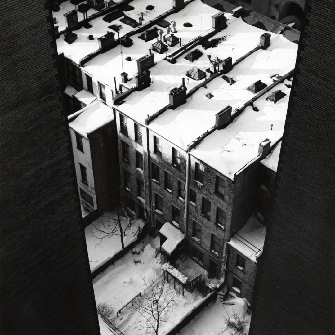 Dorothy Bohm, West 82nd Street, New York City, 1956