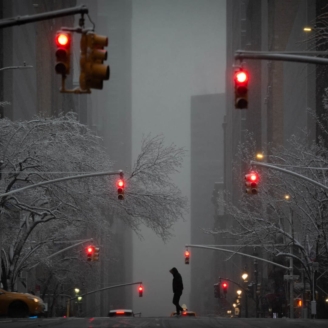 PHIL PENMAN, Snow on Madison Avenue, New York, 2019