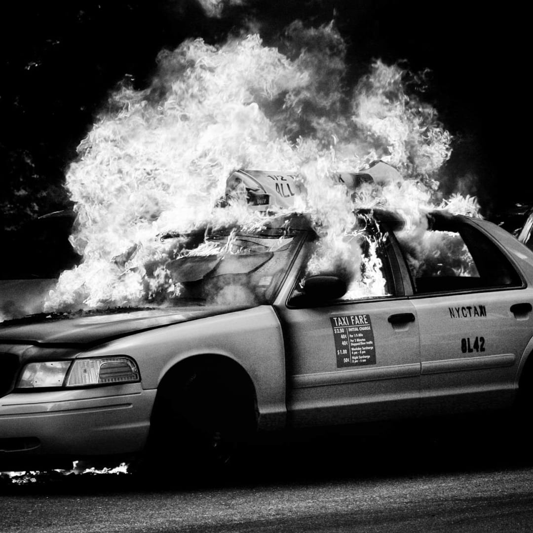 PHIL PENMAN, Taxi Fire, New York, 2017