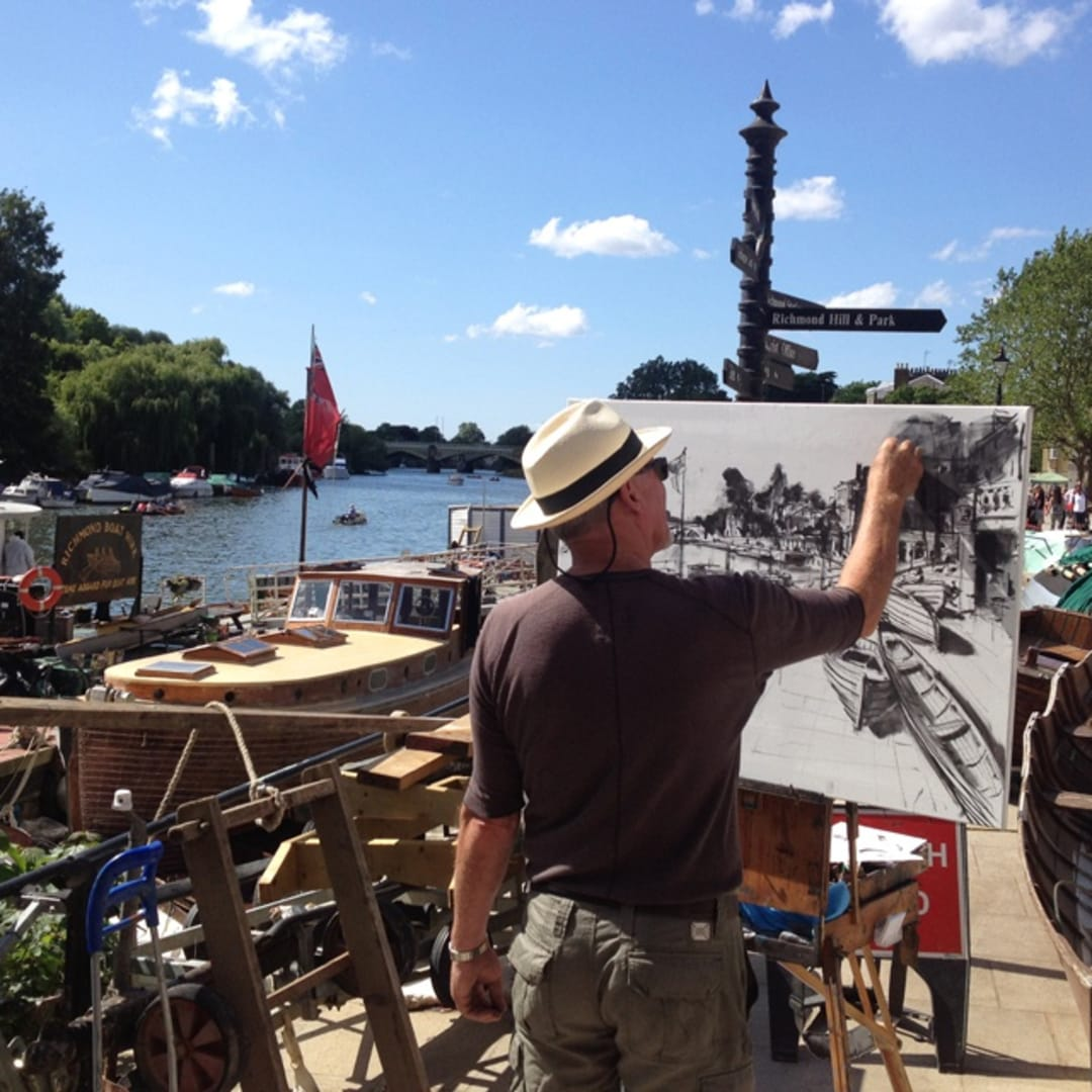 Gerard Byrne painting plein air 'Boats at Richmond'